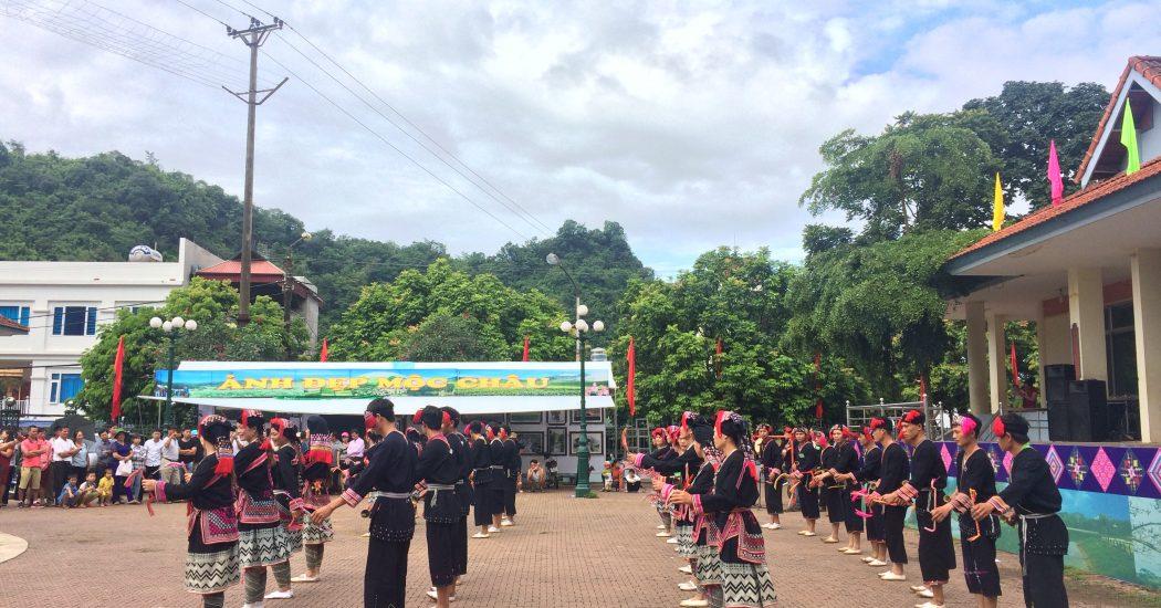 Những hoạt động đặc sắc của chợ tình Mộc Châu