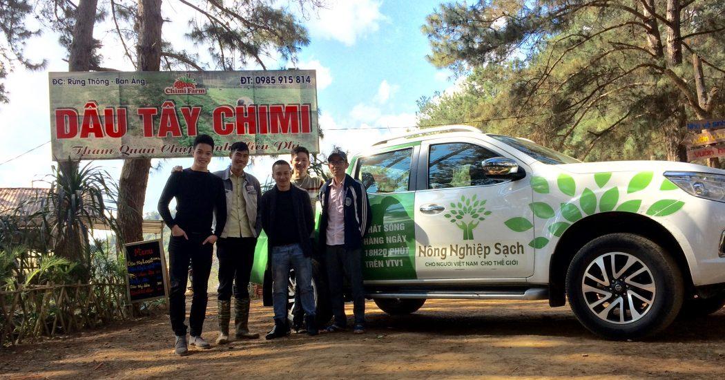 Chuyến xe nông nghiệp sạch mang thương hiệu dâu tây Chimi Farm đi xa