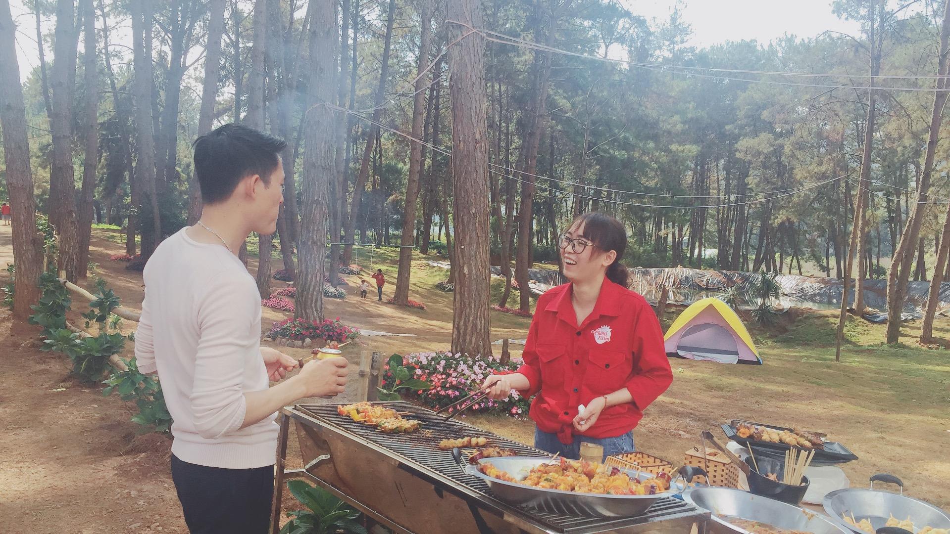 Đến với nhà hàng Chimi du khách sẽ được trải nghiệm không gian ăn uống tiệc ngoài trời