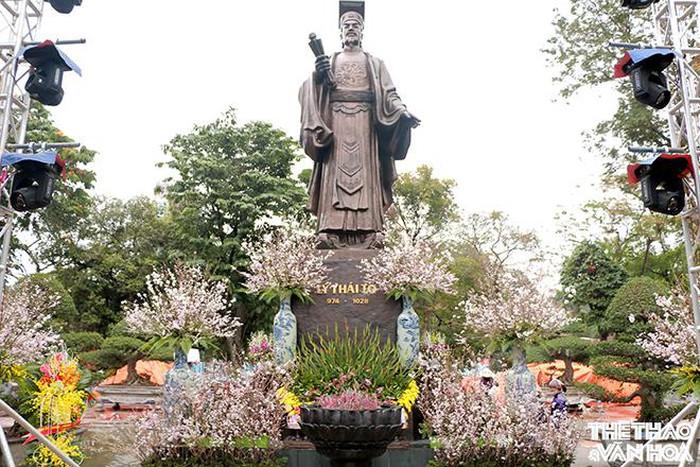 Lễ hội hoa anh đào Nhật Bản - Việt Nam - Nguồn internet
