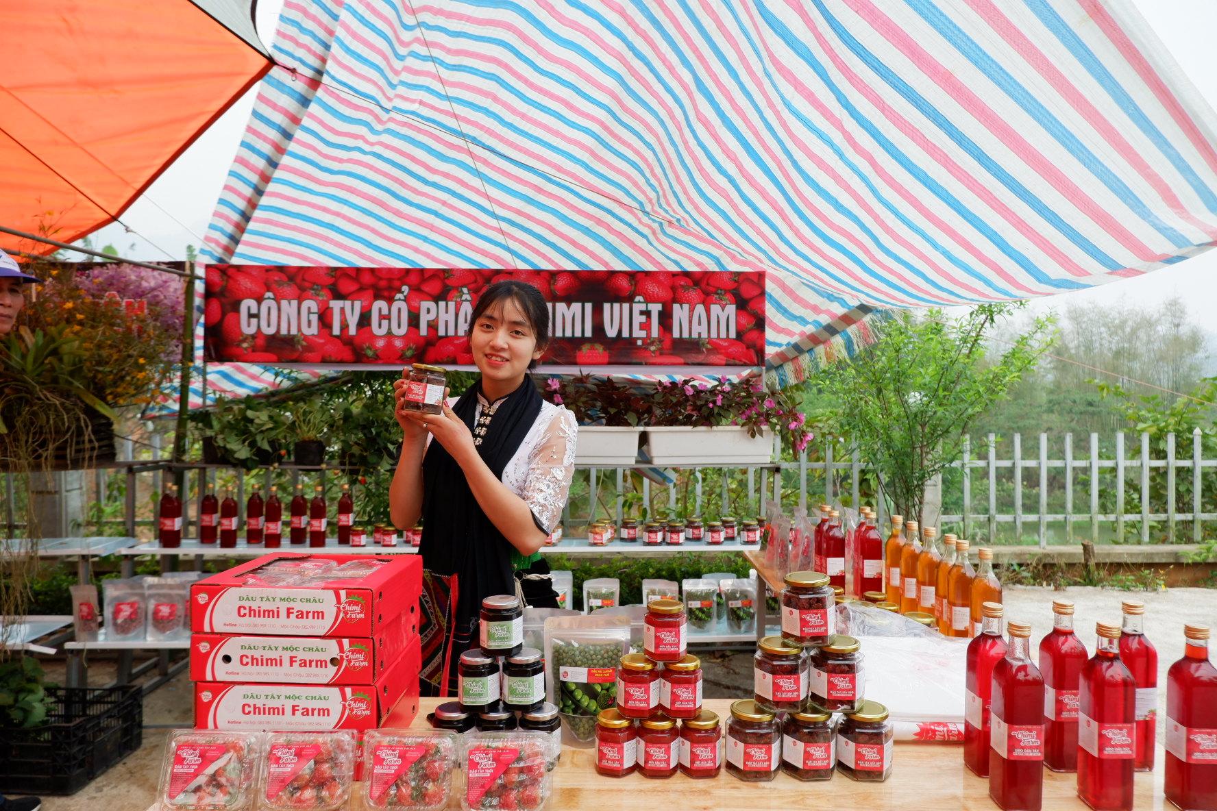 Quầy trưng bày sản phẩm của công ty cổ phần Chimi Việt Nam