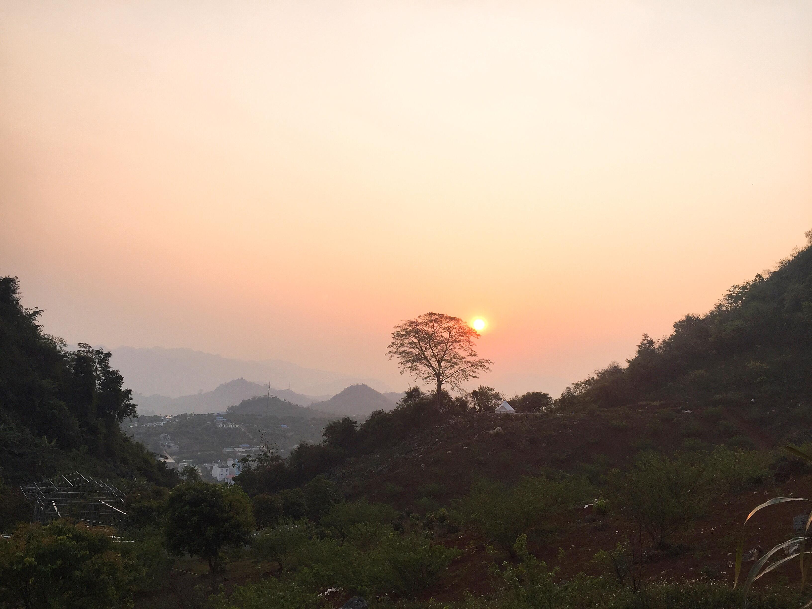 Homestay Phố núi có view ngắm hoàng hôn rất đẹp