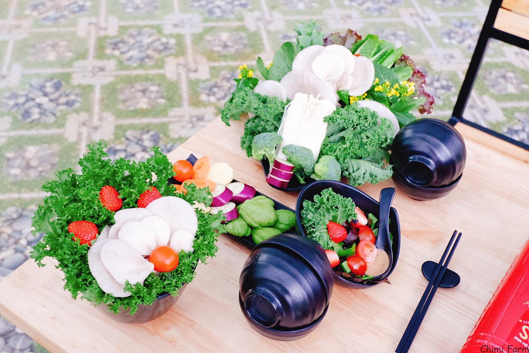 Bạn có thể thưởng thức lẩu buffet rau tại nhà hàng Chimi