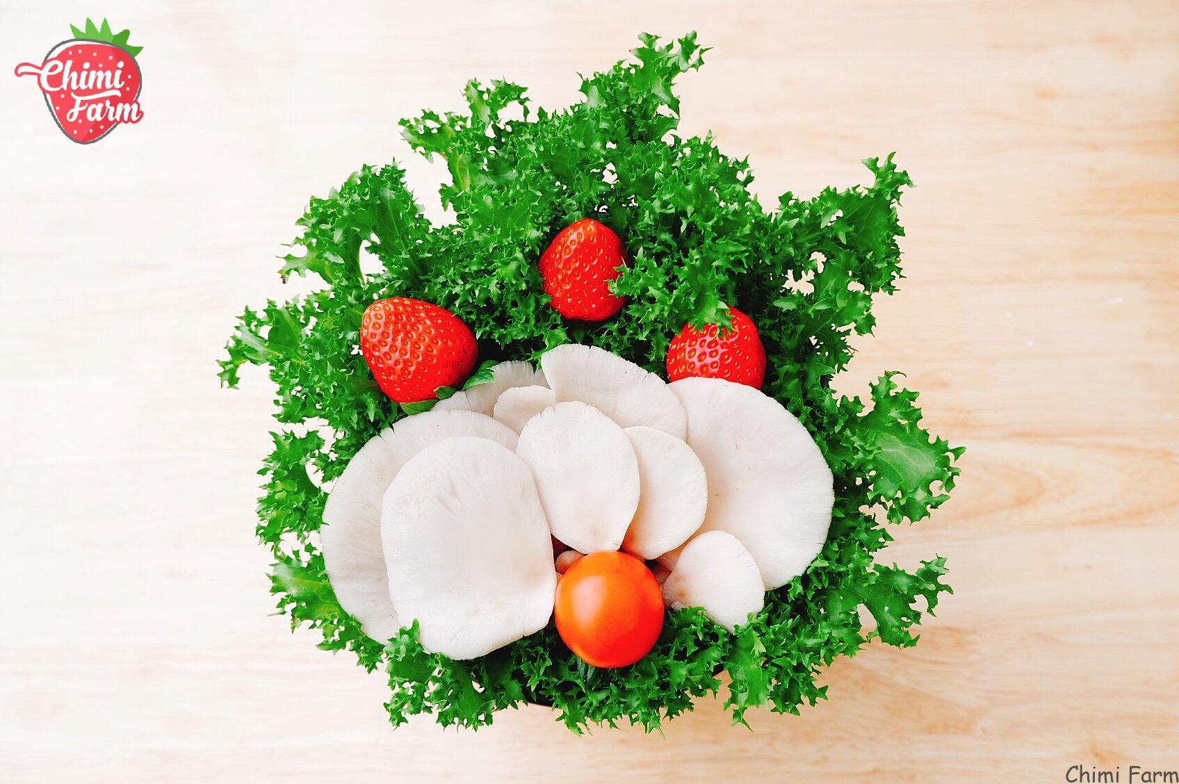 Cải kale có thể chế biến salad, xào, luộc hoặc ăn kèm với lẩu