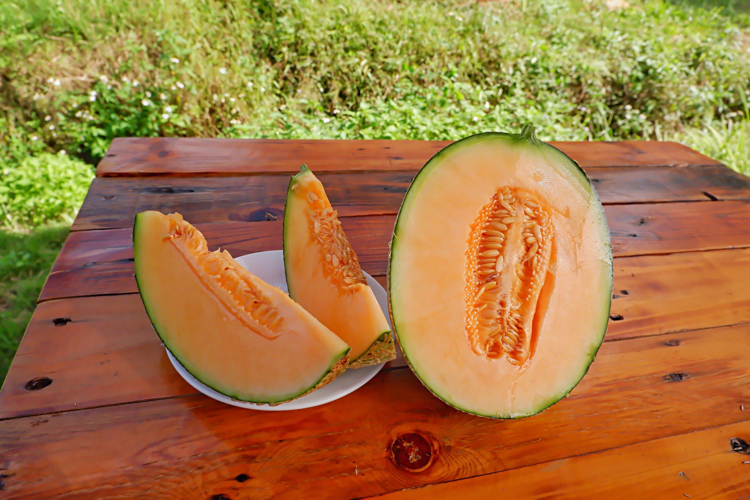 Dưa lưới Nagami có chứa nhiều vitamin A, C, K...