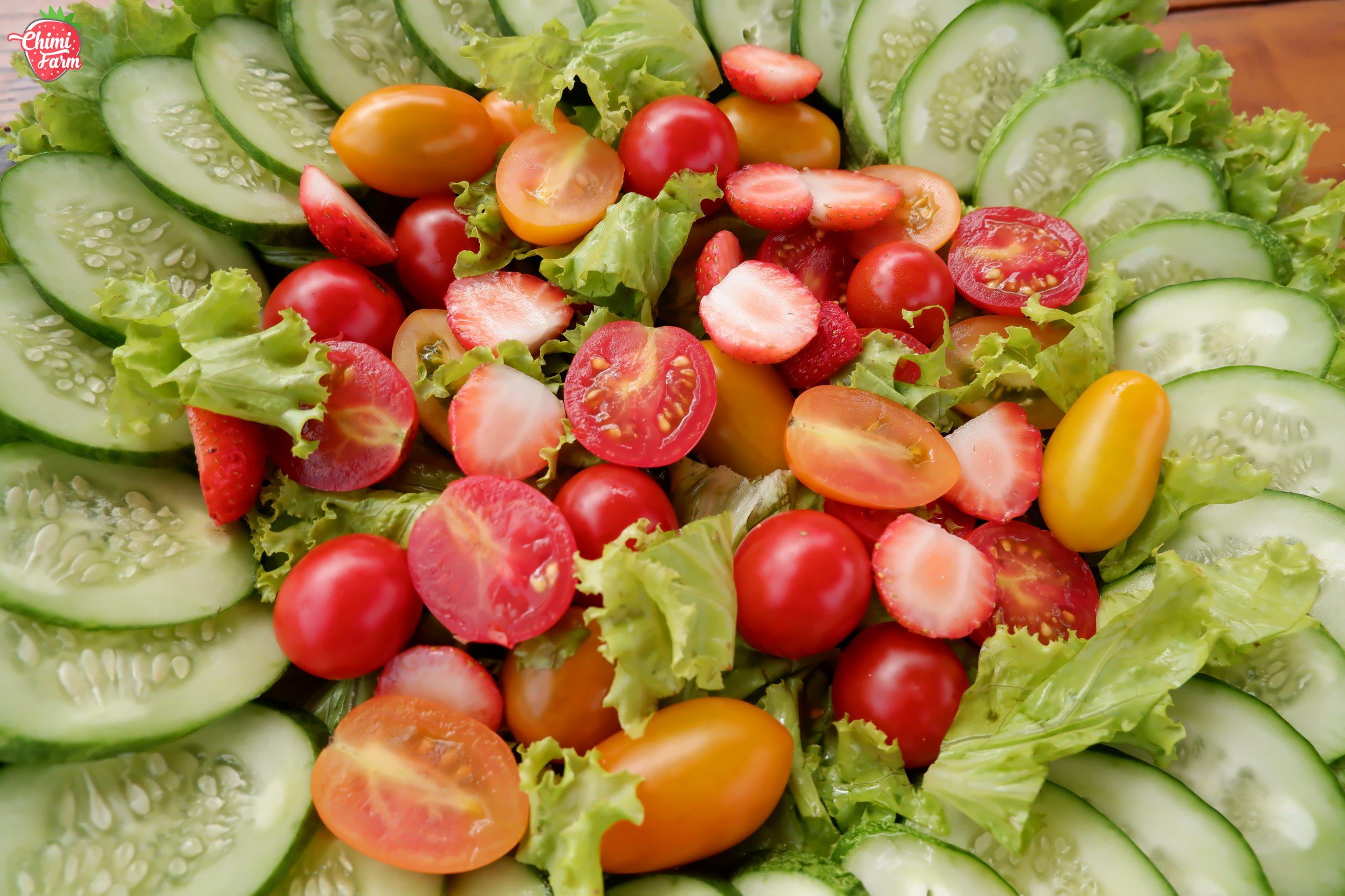 Salad cà chua cherry giúp các chị em giảm cân