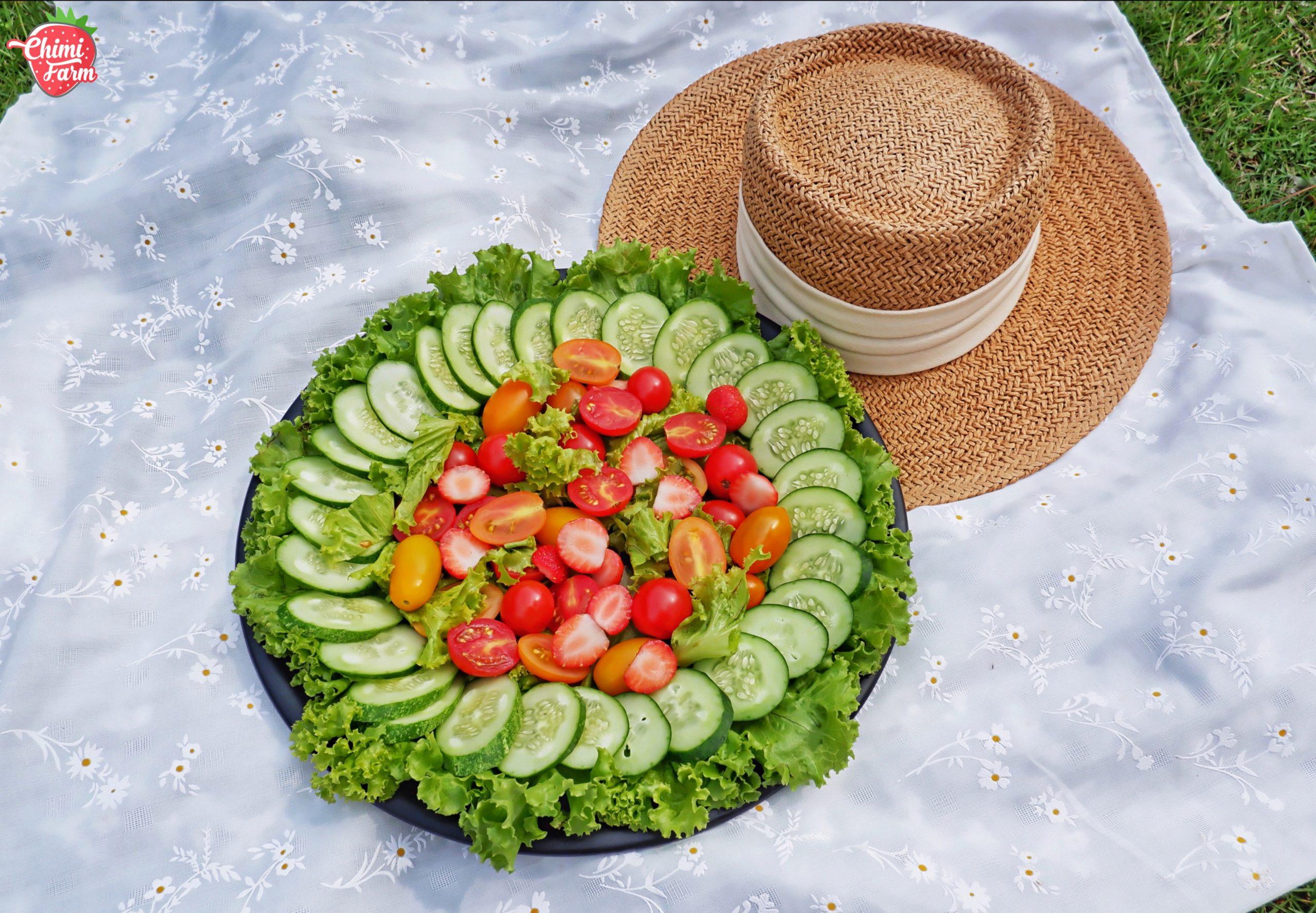 Salad là món không thể thiếu cho những buổi picnic cuối tuần