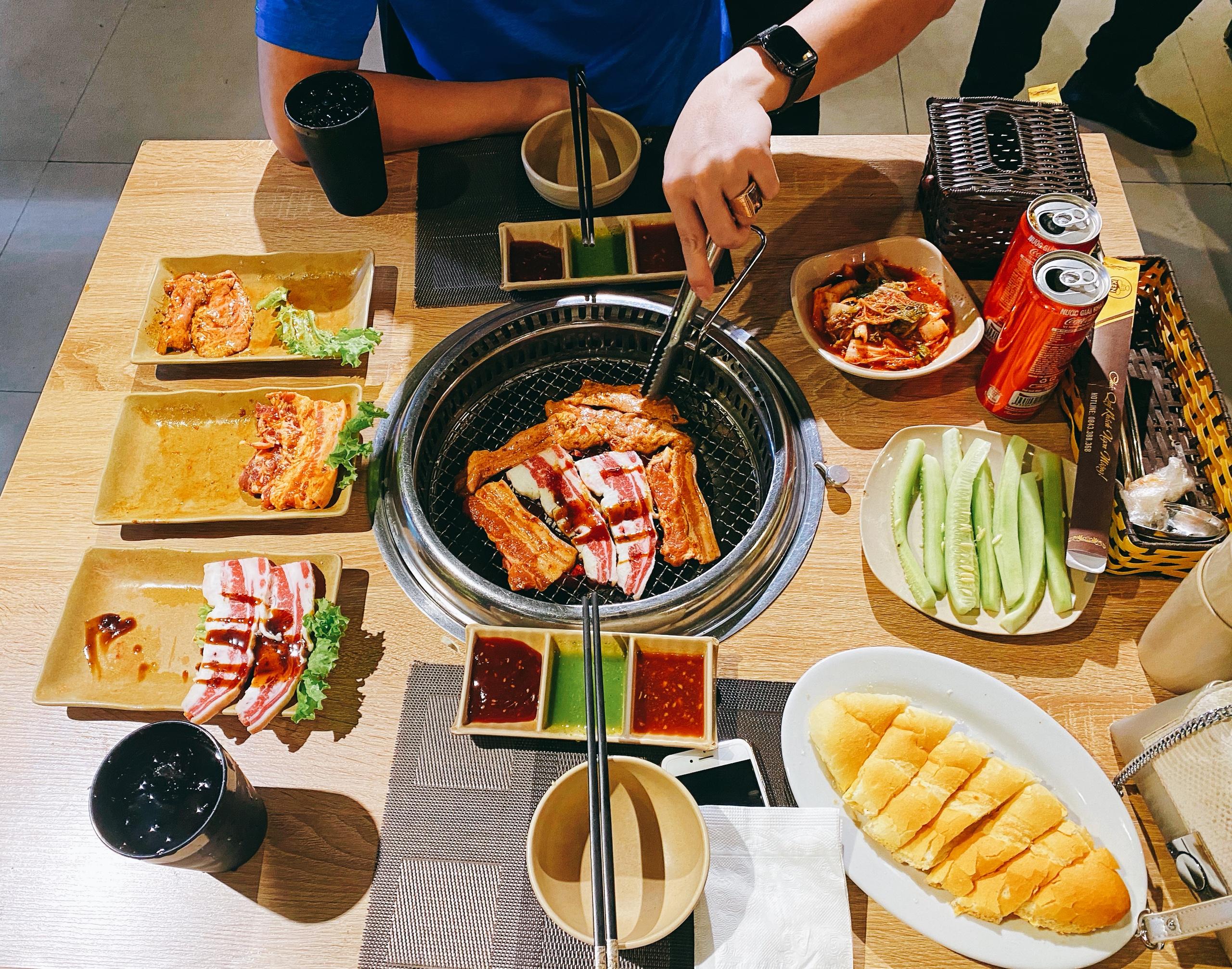 Nhà hàng lẩu, nướng KEN BBQ phong cách Hàn Quốc